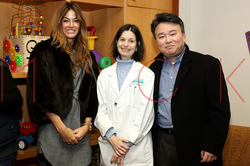 NEW YORK, NY - DECEMBER 13:  Kelly Bensimon (L) attends CitySights NY's 2nd annual Holiday Joy Toy drive at The Naomi Berrie Diabetes Center on December 13, 2011 in New York City.  (Photo by Steve Mack/S.D. Mack Pictures)