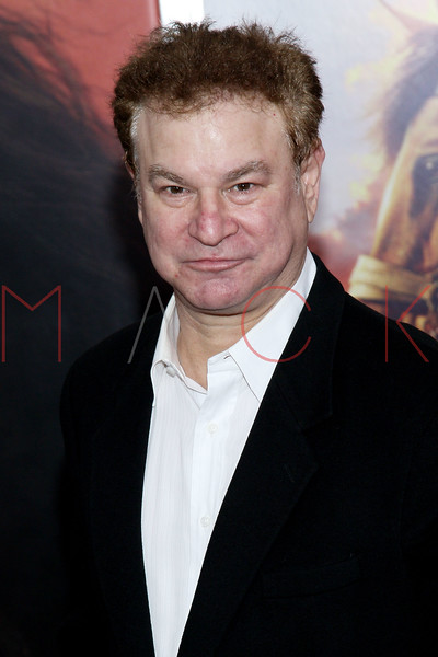 "NEW YORK, NY - DECEMBER 04:  Robert Wuhl attends the ""War Horse"" world premiere at Avery Fisher Hall at Lincoln Center for the Performing Arts on December 4, 2011 in New York City.  (Photo by Steve Mack/S.D. Mack Pictures)"