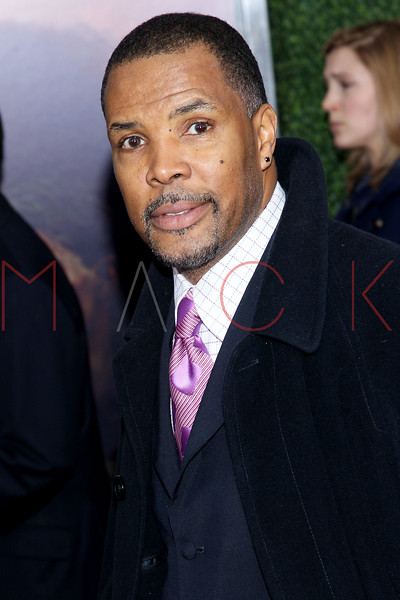 "NEW YORK, NY - DECEMBER 04:  Eriq La Salle attends the ""War Horse"" world premiere at Avery Fisher Hall at Lincoln Center for the Performing Arts on December 4, 2011 in New York City.  (Photo by Steve Mack/S.D. Mack Pictures)"