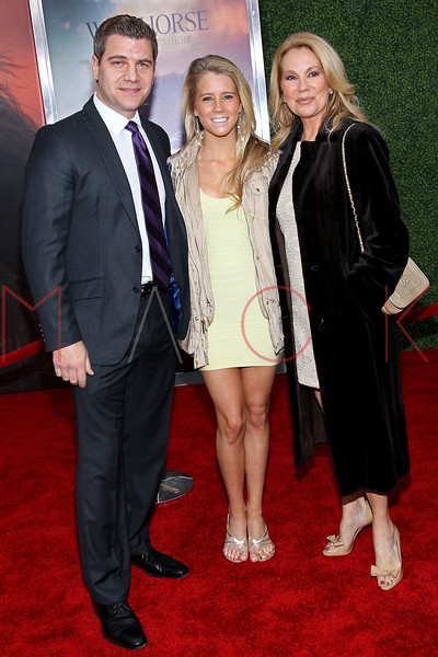 "NEW YORK, NY - DECEMBER 04:  Tom Murro, Cassidy Gifford and Kathie Lee Gifford attend the ""War Horse"" world premiere at Avery Fisher Hall at Lincoln Center for the Performing Arts on December 4, 2011 in New York City.  (Photo by Steve Mack/S.D. Mack Pictures)"