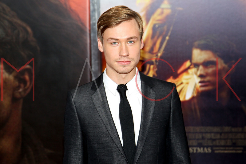 "NEW YORK, NY - DECEMBER 04:  David Kross attends the ""War Horse"" world premiere at Avery Fisher Hall at Lincoln Center for the Performing Arts on December 4, 2011 in New York City.  (Photo by Steve Mack/S.D. Mack Pictures)"