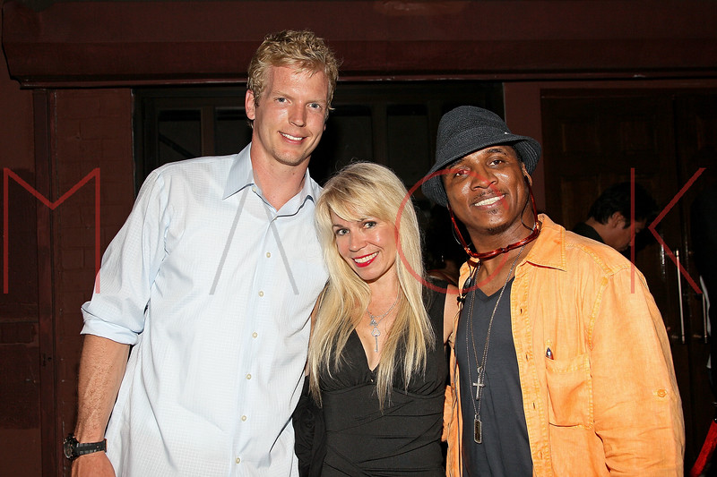 NEW YORK, NY - JULY 07:  Quarterback for the Tennessee Titans Chris Simms, Roberta Thompson and recording artist Justice attend Noel Ashman's birthday party at Five on July 7, 2011 in New York City.  (Photo by Steve Mack/S.D. Mack Pictures) *** Local Caption *** Chris Simms; Roberta Thompson; Justice