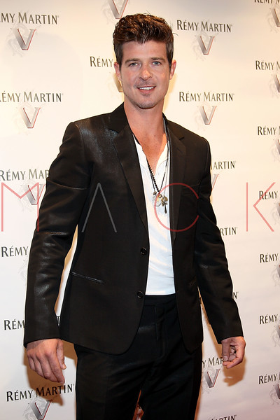 NEW YORK, NY - JULY 12:  Robin Thicke attends Remy Martin V Official launch party at Lavo NYC on July 12, 2011 in New York City.  (Photo by Steve Mack/S.D. Mack Pictures) *** Local Caption *** Robin Thicke
