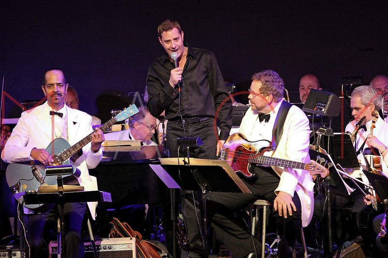 NEW YORK, NY - JUNE 14:  Steven Reineke conducts The New York Pops on stage at the 2011 SummerStage gala at Roseland Ballroom on June 14, 2011 in New York City.  (Photo by Steve Mack/S.D. Mack Pictures) *** Local Caption *** Steven Reineke