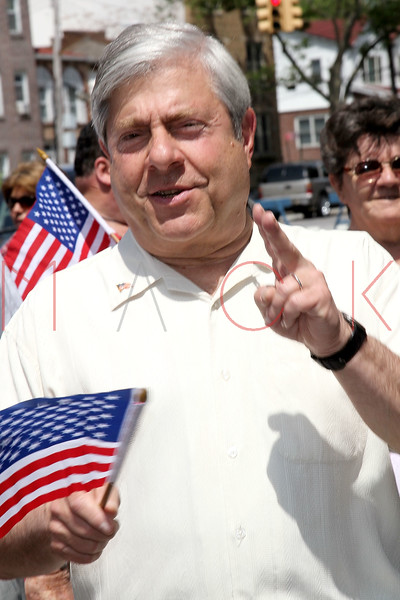 NEW YORK, NY - MAY 30:  Brooklyn Borough President Marty Markowitz attends the 2011 Memorial Day Parade on May 30, 2011 in the Brooklyn Borough of New York City.  (Photo by Steve Mack/S.D. Mack Pictures) *** Local Caption *** Marty Markowitz