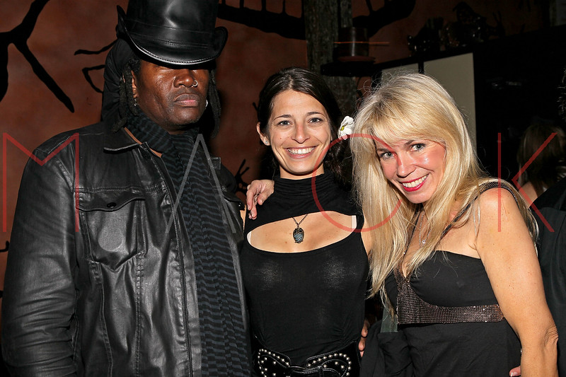 NEW YORK, NY - MAY 14:  Musician Bobbie Rae, Nicole Kelly and Roberta Thompson attend Fashion Designer Roberta Thompson's birthday party at Lair Restaurant & Lounge on May 14, 2011 in New York City.  (Photo by Steve Mack/S.D. Mack Pictures) *** Local Caption *** Bobbie Rae; Nicole Kelly; Roberta Thompson