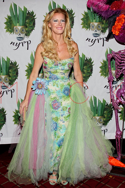 NEW YORK, NY - OCTOBER 28:  Sandra Lee attends 16th Annual Bette Midler's New York Restoration Project's Hulaween at The Waldorf=Astoria on October 28, 2011 in New York City.  (Photo by Steve Mack/S.D. Mack Pictures) *** Local Caption *** Sandra Lee