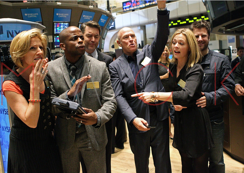 "NEW YORK, NY - OCTOBER 06:  Actors Kirsten Nelson, Dulé Hill, Timothy Omundson, Corbin Bernsen, Maggie Lawson and James Roday from the cast of ""Psych""  visit the New York Stock Exchange on October 6, 2011 in New York City.  (Photo by Steve Mack/S.D. Mack Pictures) *** Local Caption *** Kirsten Nelson; Dulé Hill; Timothy Omundson; Corbin Bernsen; Maggie Lawson; James Roday"