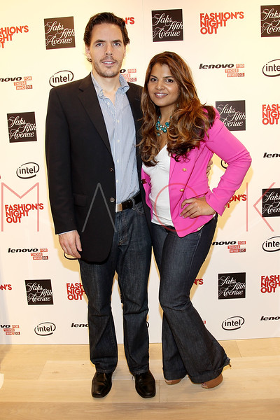 NEW YORK, NY - SEPTEMBER 08:  David Browne and Amy Chandra at Saks Fifth Avenue on September 8, 2011 in New York City.  (Photo by Steve Mack/Getty Images for Vogue) *** Local Caption *** David Browne; Amy Chandra