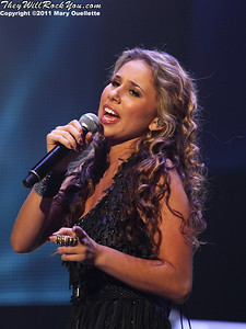 Haley Reinhart performs at American Idols Live! at the DCU Center on September 1, 2011 in Worcester, Massachusetts