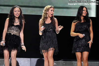 The top 11 finalists perform at American Idols Live! at the DCU Center on September 1, 2011 in Worcester, Massachusetts