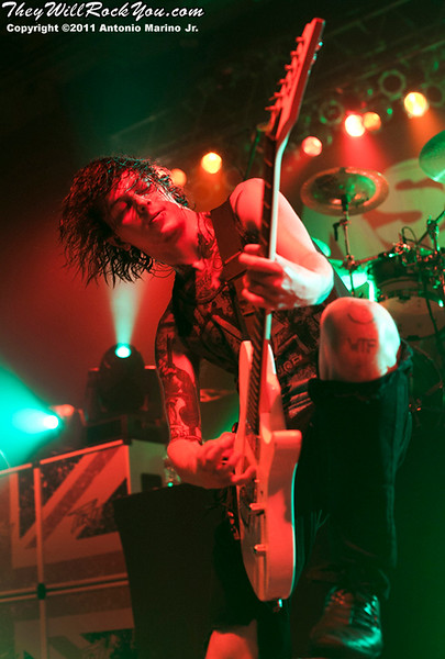 """Ben Bruce of Asking Alexandria  performs on November 12, 2011 during the """"World War III"""" tour at the Mid-Hudson Civic Center in Poughkeepsie, NY"""