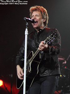Bon Jovi performs on May 7 2011 at the Mohegan Sun Arena in Uncasville, Connecticut