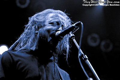 Cold performing live on the stage of the House of Blues in Anaheim, Calif., on Tuesday night, April 19, 2011. (Photo by Sergio Bastidas/sini69photo.com, ©2011)