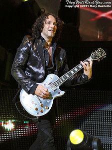 """Vivan Campbell of Def Leppard performs on June 30, 2011 during the """"Mirrorball Tour"""" at the Comcast Center in Mansfield, Massachusetts."""