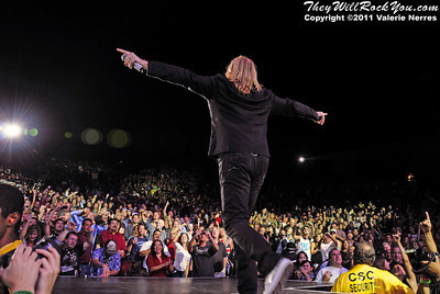 Sep 10, 2011, Irvine, CA, USA - Joe Elliott of Def Leppard, performs in support of the bands latest release Mirror Ball at the Verizon Wireless Amphitheater for the 6th annual 93.1 Jack FM show.