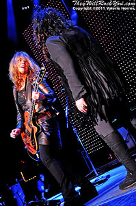 Sep 10, 2011, Irvine, CA, USA - Ann and Nancy Wilson, from Heart, performs at Verizon Wireless Amphitheater in Irvine for the Jack FM 93.1 6th Annual show.
