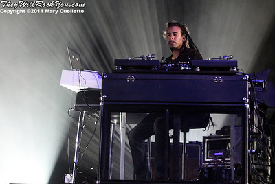 """Chris Kilmore of Incubus performs on September 9, 2011 in support of """"If Not Now, When?"""" at Comcast Center in Mansfield, Massachusetts"""