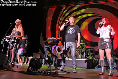 The B-52s perform on June 9, 2011 at the Bank of America Pavilion in Boston, Massachusetts, Keith Strickland, Kate