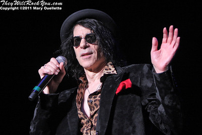Peter Wolf of The J. Geils Band perform on August 6, 2011 at the Bank of America Pavilion in Boston, Massachusetts