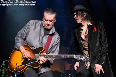 John Geils (l) and Peter Wolf of The J. Geils Band perform on August 6, 2011 at the Bank of America Pavilion in Boston, Massachusetts