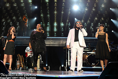 """The Voice"" Live Top Eight perform at the Bank of America Pavilion in Boston, MA on August 4, 2011"