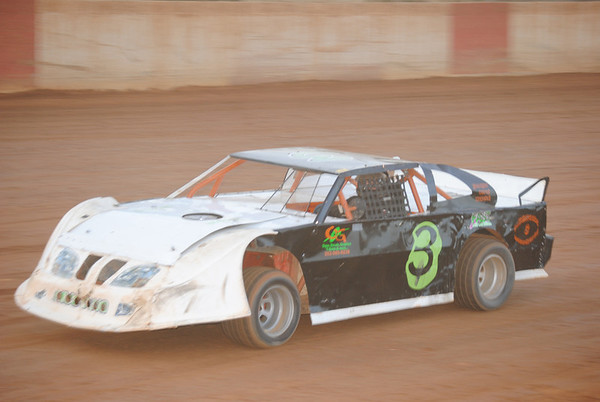 County Line Raceway October  8, 2011