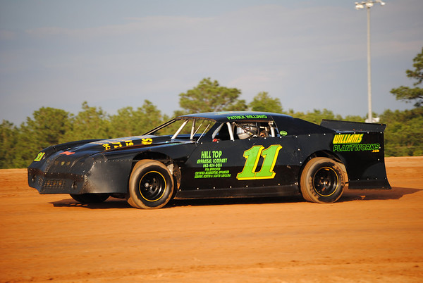 Fayetteville Motor Speedway May 28, 2011