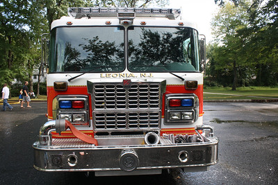 Leonia  Wet Down Engine 1 9-10-11