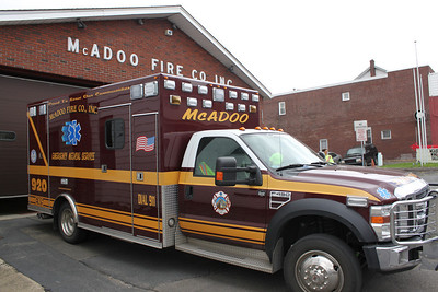 Cheesesteak and Wing Sale, McAdoo Fire Company, McAdoo (4-29-2011)