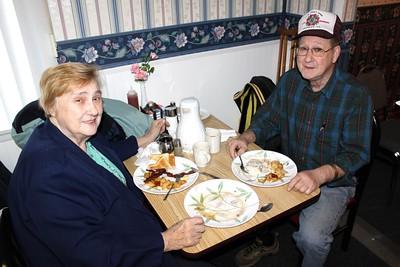 Free Veterans Breakfast, Andreas VFW Post 5069, Blondie's Restaurant, West Penn (4-23-2011)