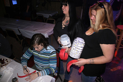Fundraiser for New Philadelphia Fire Victims, Clamtown Tavern, Clamtown, Tamaqua (1-30-2011)