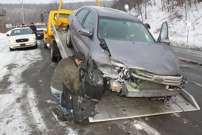 Vehicle Accident, Claremont Ave, Mile Hill, Hometown (1-28-2011)