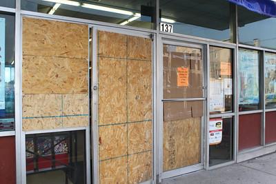Windows Smashed at Family Dollar, Tamaqua (5-29-2011)