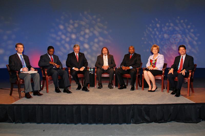 Moderator Shannon Ogden (First Coast News), Jacksonville mayoral candidates Alvin Brown (Dem.), Mike Hogan (Rep.), Steve Irvine (Independent), Warren Lee (Dem.), Audrey Moran (Rep.) and Rick Mullaney (Rep.)