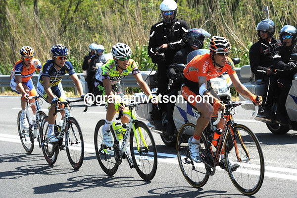 Minguez, Bitti, Clement and Golas are still three minutes ahead at the halfway point...
