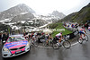 Contador closes in on the Marmolada summit in company with Scarponi, Rujano, Menchov, Gadret and Rodriguez - Nibali has been dropped...