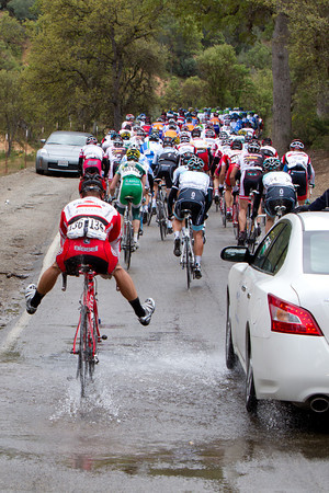 It seems Pipp values dry feet, he shows off his water crossing skills as he drops back to his team car.