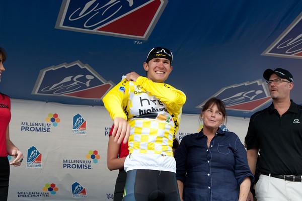 Tejay Vangarderen is now the race leader!
