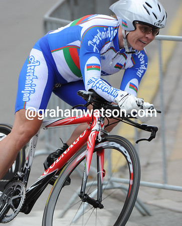 Elena Tchalykh put Azerbaidjan on the cycling map by taking 13th at 1-minute...