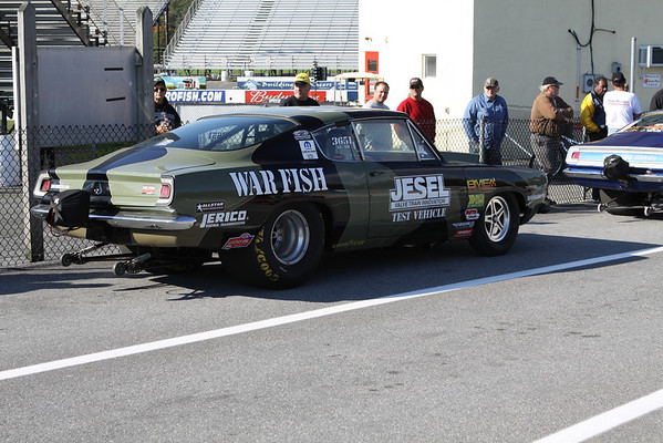 Hemi Challenge and Muscle Car Challenge Staging Lanes