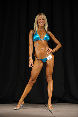 2011 Jay Cutler Desert Classic - Bikini - Masters