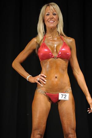 2011 Jay Cutler Desert Classic - Bikini - Tall