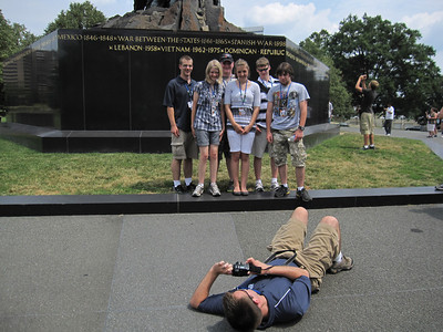 It didn't really turn out, but what a great idea! Taken at the Iwa Jima Marine Corps Memorial.