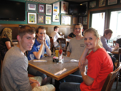 Lunch the first day. From left: Cade Dailey, Kaylee Kessler, Matthew Richards and Jenni Herrema.