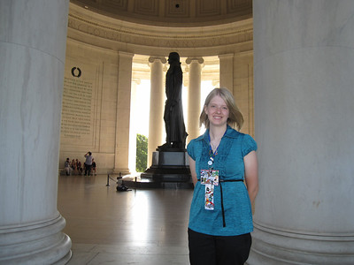 Dory Shaffer at the Jefferson Memorial. Dory represents Cloverland Electric.