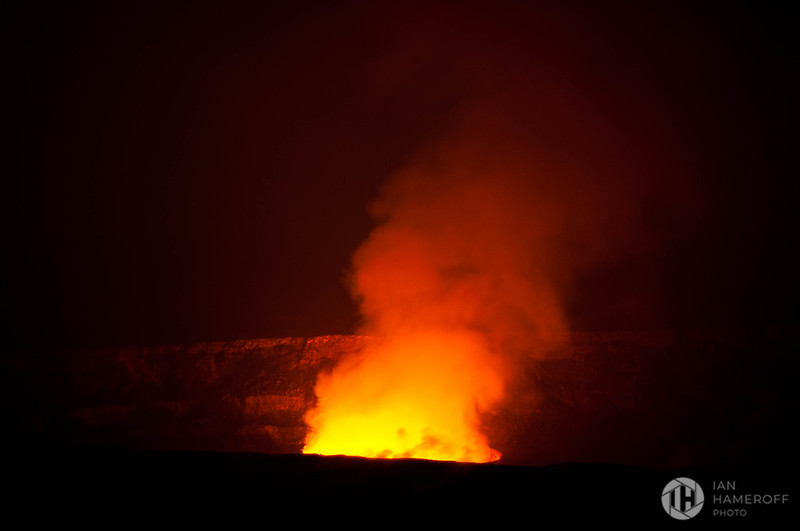 Halemaʻumaʻu Crater at Night