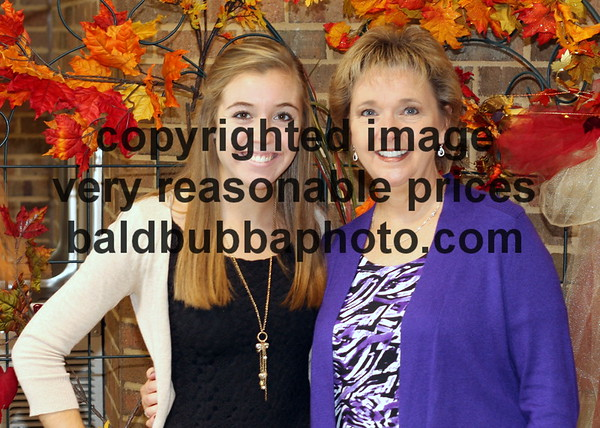 MotherDaughMass-006