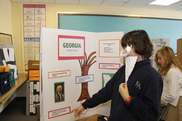 7th Grade - 13 Colonies Presentations