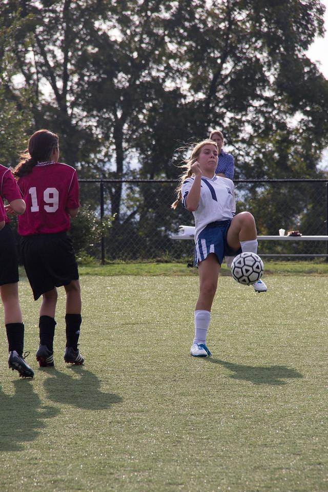 092712_Girls_Soccer_118